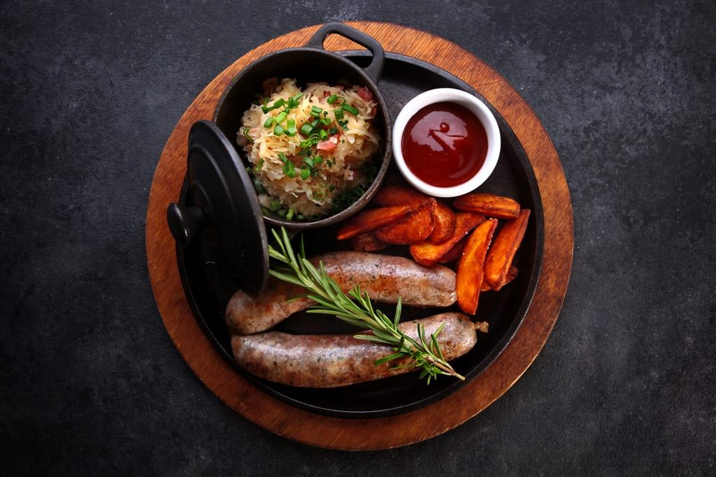 Колбаски из свинины и говядины